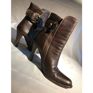 Coach Nancie D Leather Heeled Boots (Size 6)